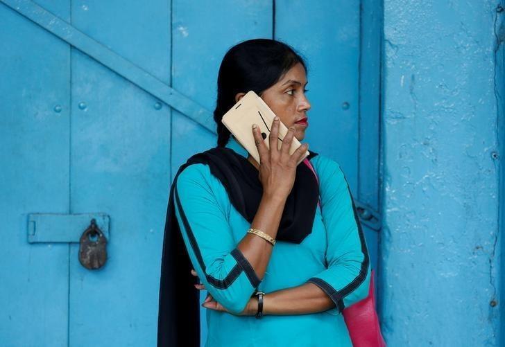 Ấn Độ áp thuế 10% với các linh kiện smartphone chủ chốt - Ảnh 1.